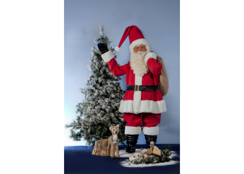 Santa claus for outdoor use creationgroup for Outdoor christmas figures